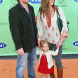 Постер, плакат: Chris Henchy and Brooke Shields with daughter Rowan