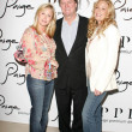 Постер, плакат: Kathy Hilton with Rick Hilton and Paige Adams Geller