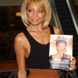 Nicole Richie In Store Appearance — Stock Photo