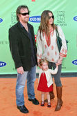 Chris Henchy and Brooke Shields with daughter Rowan — Stock Photo