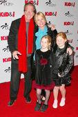 Pat O'Brien and family — Stock Photo