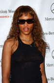 Eve arriving at Mercedes-Benz Fall 2006 L.A. Fashion Week — Stock Photo