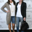 Hilary Duff and Haylie Duff arriving at Mercedes-Benz Fall 2006 L.A. Fashion Week Day 3. Smashbox, Culver City, CA. 03-21-06 - Stockfoto