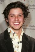 Ricky Ullman at the Starlight Starbright Childrens Foundation A Stellar Night Gala Honoring Dakota Fanning. The Beverly Hilton Hotel, Beverly Hills, CA. 03-31-06 — Stock Photo