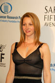 Lisa Kudrow at the Unforgettable Evening Benefit for EIFs Woman Cancer Research Fund. Regent Beverly Wilshire Hotel, Beverly Hills, CA. 03-01-06 — Stock Photo