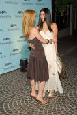 Poppy montgomery e roselyn sanchez — Foto Stock