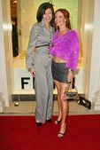 Andrea Harrison and Phoebe Price — 图库照片