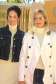 Annabeth Gish and Kelly Rutherford — Stock Photo