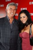 Michael Buffer and date Olga — Stock Photo