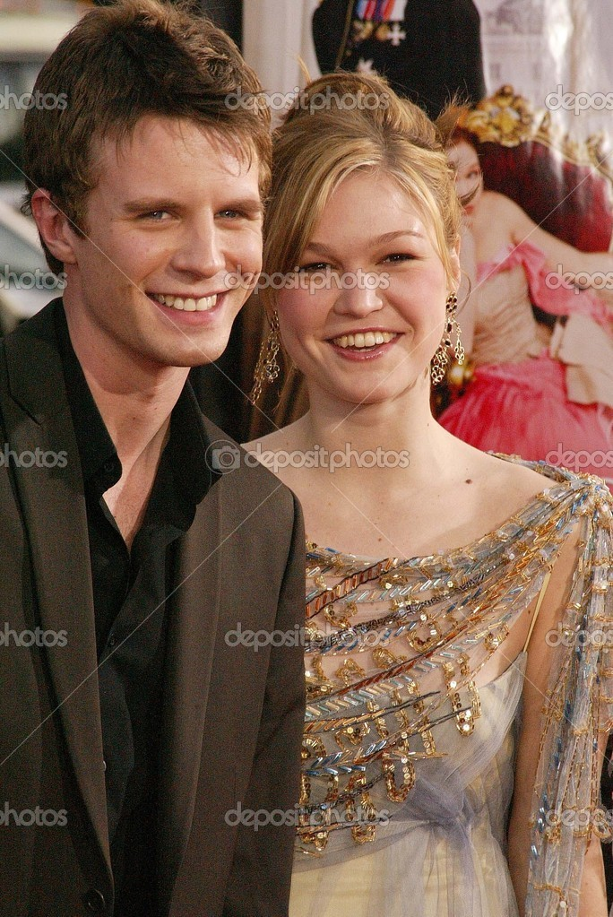 luke mably and julia stiles relationship