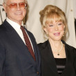 Larry Hagman and Barbara Eden — Stockfoto