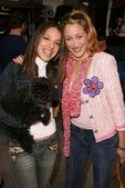 Vanessa Lengies and Jennifer Blanc — Stock Photo