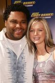 Anthony Anderson and Hannah Spearritt — Stock Photo