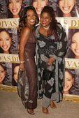 Sheryl Lee Ralph and Loretta Divine — Stock Photo