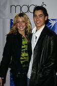 Katie Cassidy and Tyler Hoechlin — Zdjęcie stockowe