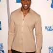 ������, ������: Henry Simmons