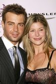Joey Lawrence and wife Michelle — Stock Photo