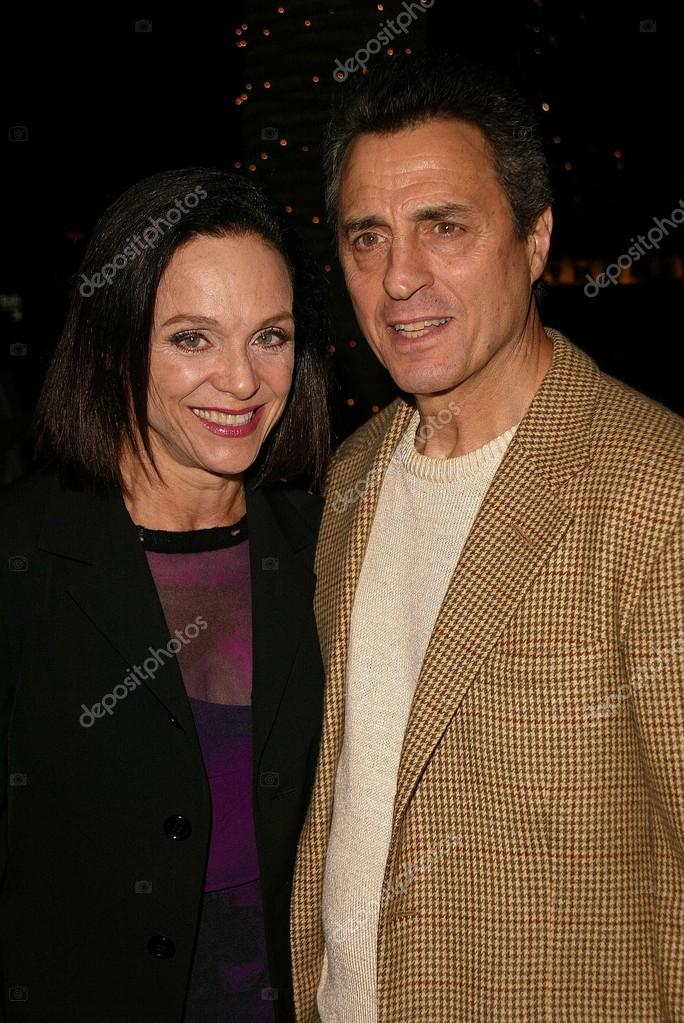 husband of valerie harper images