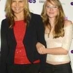 Mariel Hemingway and daughter Dree Crispin — Stock Photo