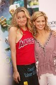 Alicia Silverstone and Sarah Michelle Gellar — Stock Photo