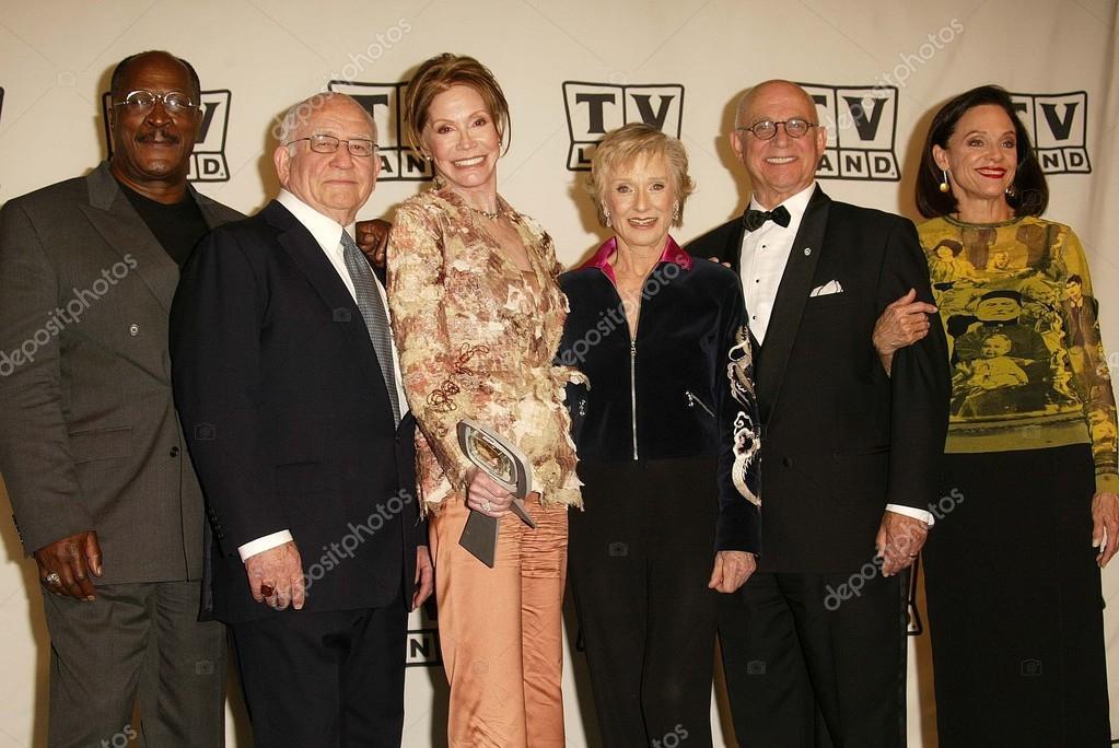 Cloris Leachman gavin macleod