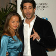 Постер, плакат: David Schwimmer and Carla Alapont