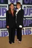 Maura Tierney and Laura Innes — Stock Photo