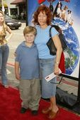 Mindy Sterling and son Max — Stock Photo