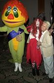 H.R. Pufnstuf, Witchiepoo and Billie Hayes — Stock Photo