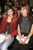 Camilla Belle and mother Christina — Stock Photo