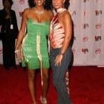 ������, ������: Kelis and Alicia Keyes