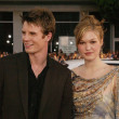 Luke Mably and Julia Stiles — Stockfoto