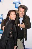 Pierce Brosnan and wife Keely Shaye Smith — Stock Photo