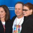 Lilly Tartikoff, Billy Crystal and Debra Messing  — Stock Photo