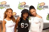 3LW at the Nickleodeon 16th Annual Kids' Choice Awards — Stock Photo