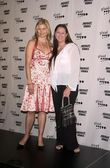Mariel Hemingway and Camryn Manheim — Stock Photo