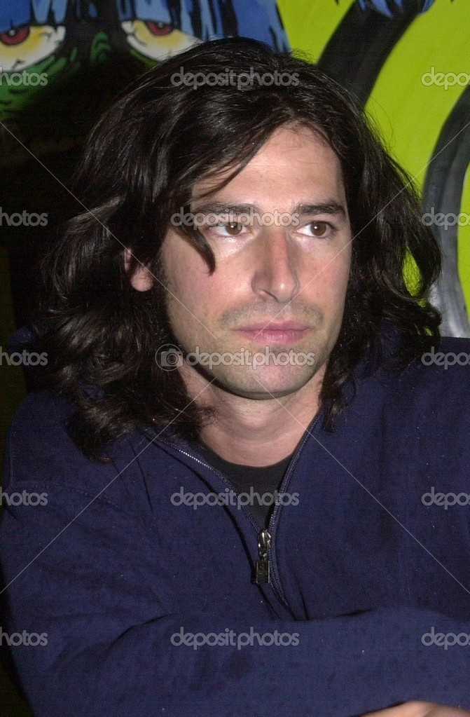 "Pete Yorn at in-store signing for the new Ramones tribute album ""We're a Happy Family"" at Tower Records, Hollywood, CA 02-11-03 — Photo by s_bukley - depositphotos_17738787-Pete-Yorn"