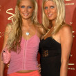 Paris Hilton and Nicky Hilton — Foto de Stock