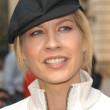 Jenna Elfman — Photo