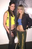 Kristen Raj and Taryn Manning — Stock Photo