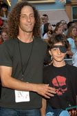 Kenny G and son Max — Stock Photo