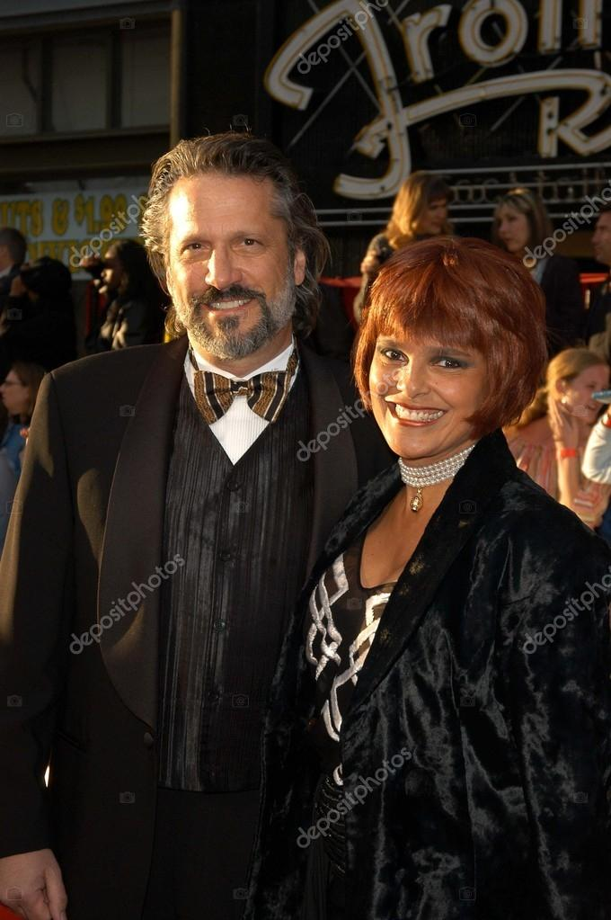 sam behrens and wife shari belafonte � stock editorial
