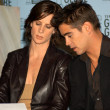 Постер, плакат: Rachel Griffiths and Colin Farrell