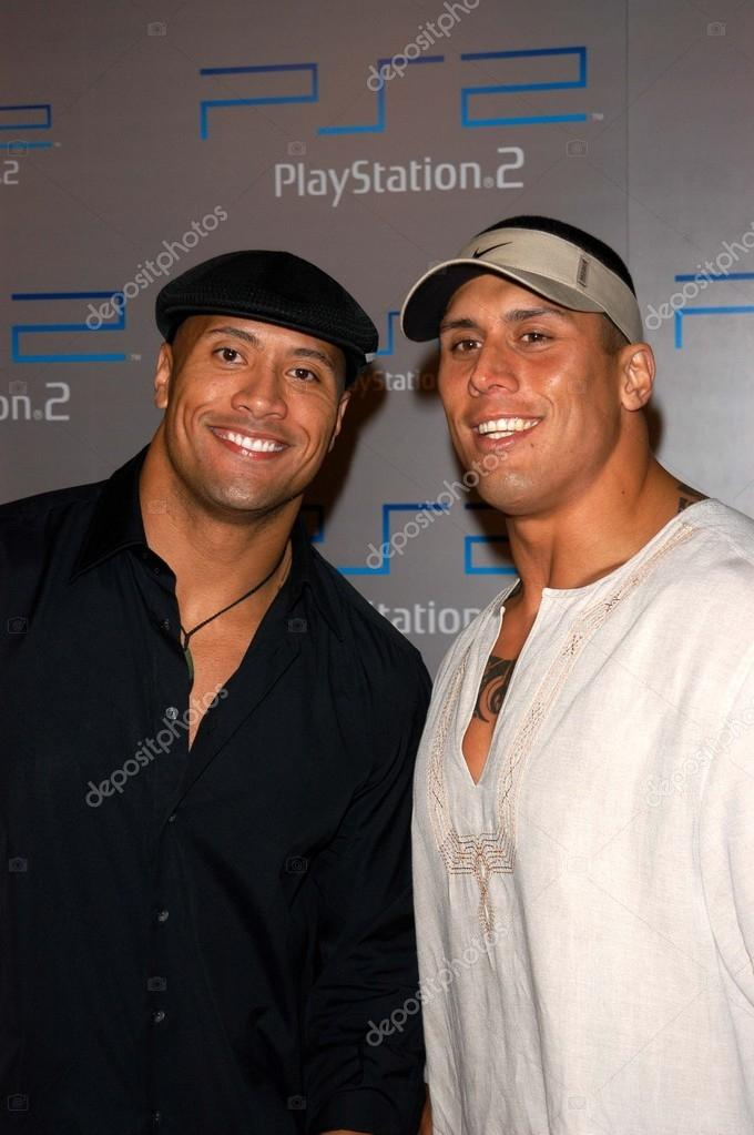 Dwayne The Rock Johnson with his cousin, who is also his ...
