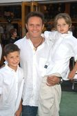 Mark Burnett with sons James and Cameron — Stock Photo