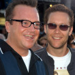 Постер, плакат: Tom Arnold and Michael Rosenbaum