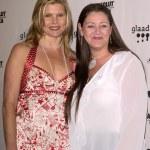 Mariel Hemingway and Camryn Manheim — Stock Photo