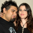 Dave Buckner and fiance Mia Tyler — Stock Photo