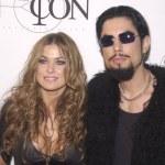 ������, ������: Carmen Electra and Dave Navarro