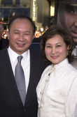 John Woo and wife — 图库照片